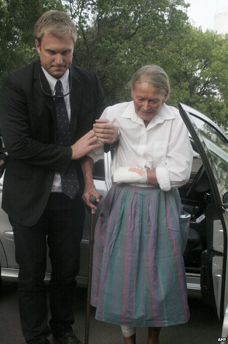 Marianne Petzold (right) after her release