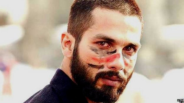Critics have praised Shahid Kapoor for his performance in Haider