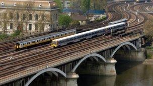 Trains on Chelsea Bridge