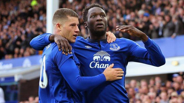 Everton players Ross Barkley and Romelu Lukaku