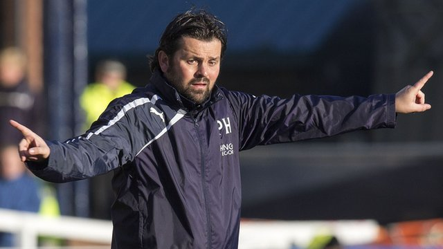 Interview - Dundee manager Paul Hartley