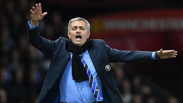 Man Utd 1-1 Chelsea: Jose Mourinho avoids ref controversy