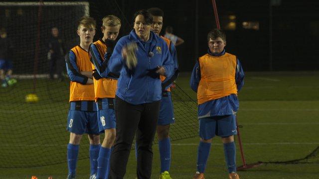 Unsung FA Cup Draw coach
