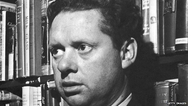 Dylan Thomas at a New York book shop in 1952