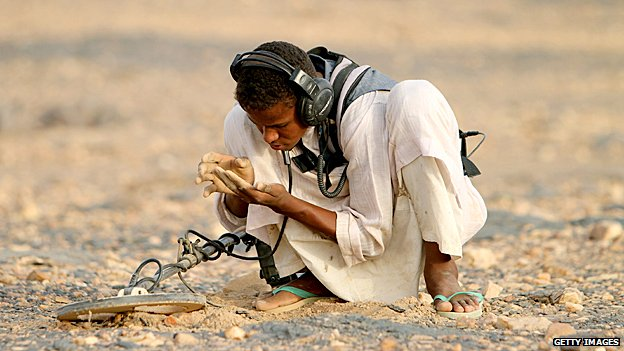 Hunting for gold in Sudan
