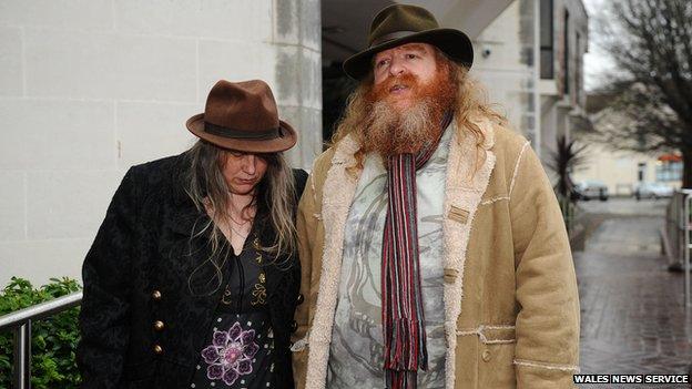Glynn a Julie Seabridge