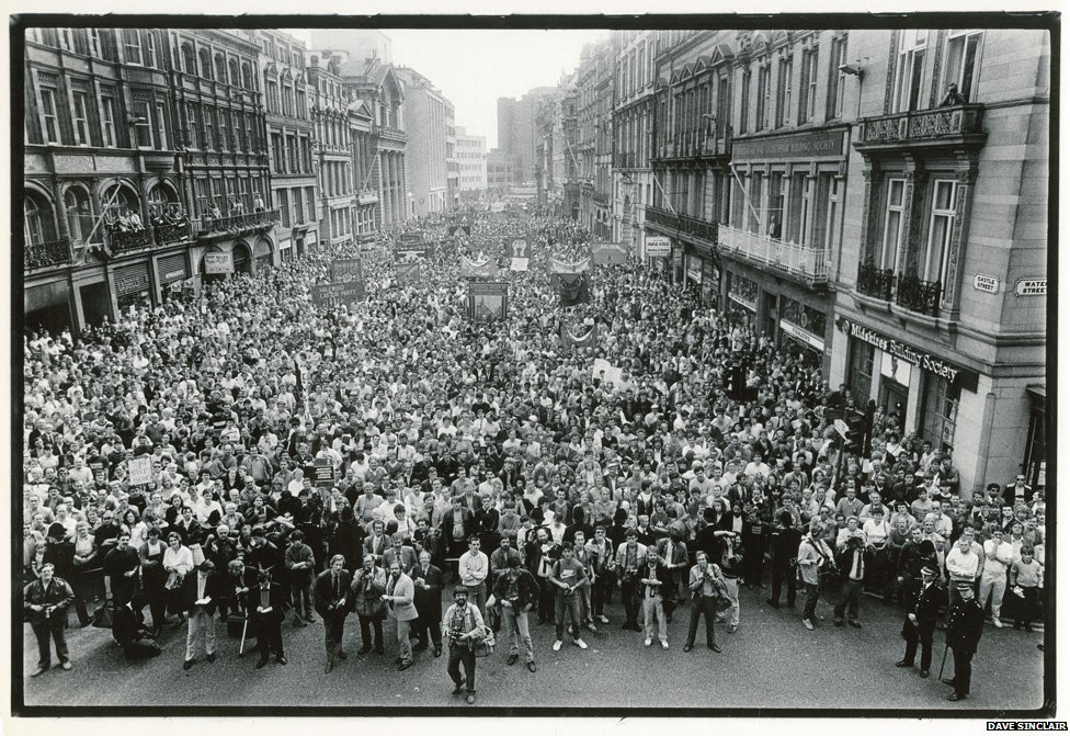 Demo in support of Labour council 1985