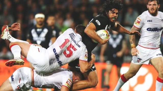 New Zealand beat England 16-14 in the Four Nations