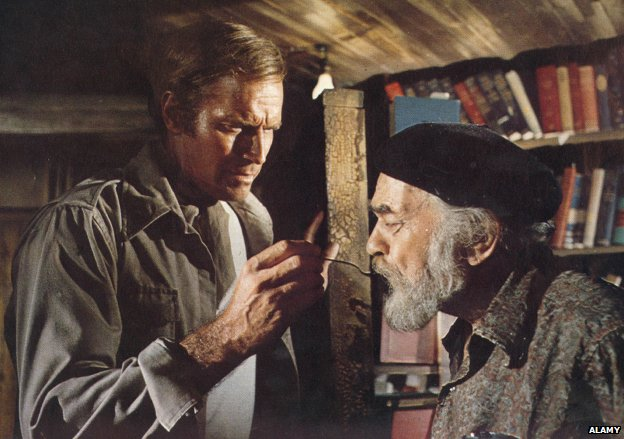 Charlton Heston and Edward G Robinson in Soylent Green