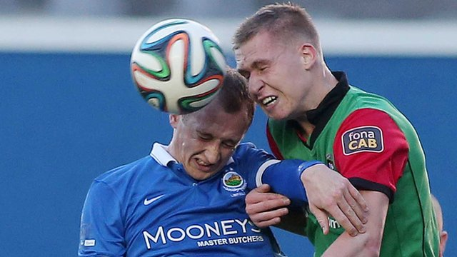 Match action from Linfield against Glentoran
