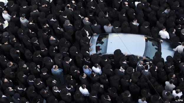 Thousands attended the funerals in Jerusalem, 18 Nov