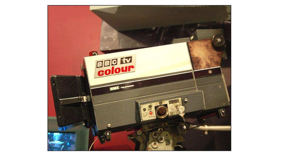 Camera teledu lliw y BBC yn 1972
