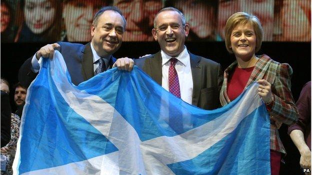 Nicola Sturgeon was supported by SNP deputy Leader Stewart Hosie and former First Minister Alex Salmond