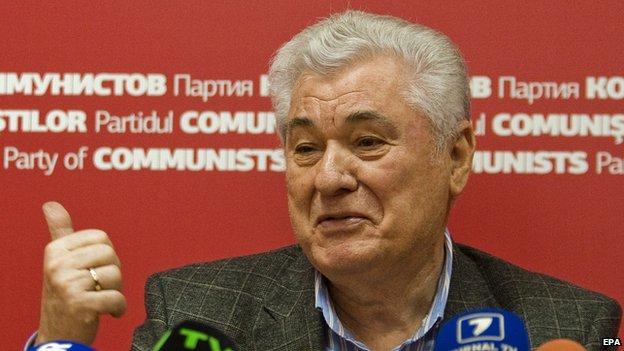 Moldovan Communist Party leader Vladimir Voronin speaks at a news conference in October 2014.