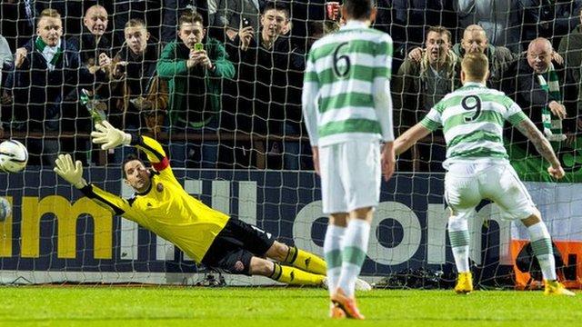 Highlights - Hearts 0-4 Celtic