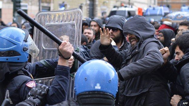 Jobs Act protest in Rome, 3 Dec 14