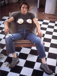 Sarah Lucas in her famous self portrait