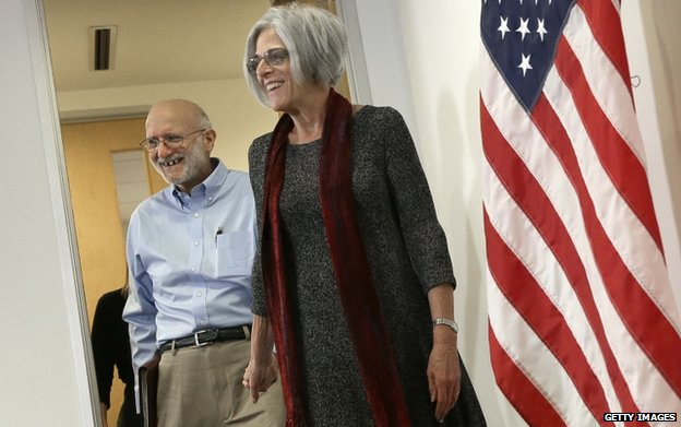 Alan Gross and his wife Judy arrive for a press conference in Washington, DC, on 17 December 2014.