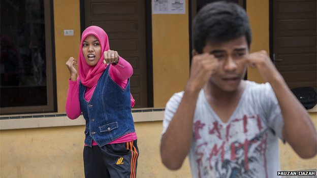 Picture of Mawardah Priyanka at kickboxing class