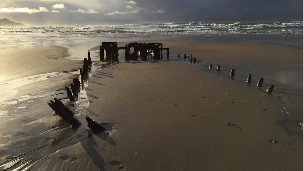 Old shipwreck on Machir Beach