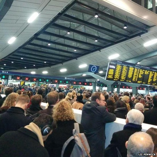 London Bridge station at 18:00 on 5 January