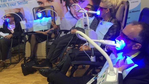 Teeth whitening booth