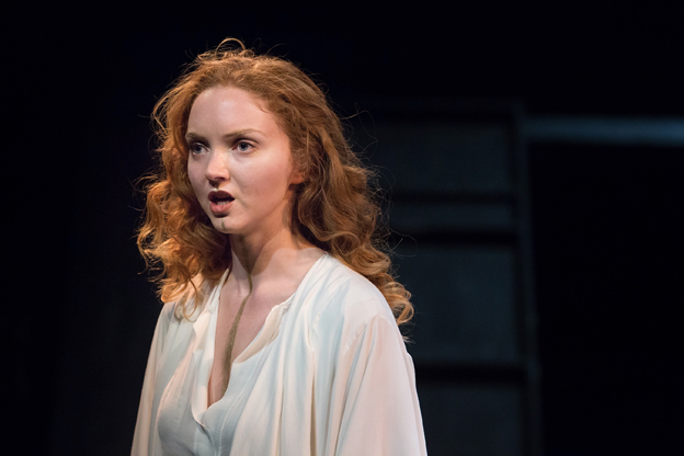 Lily Cole as Helen of Troy