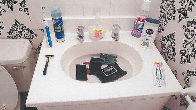 Daynes' bathroom sink