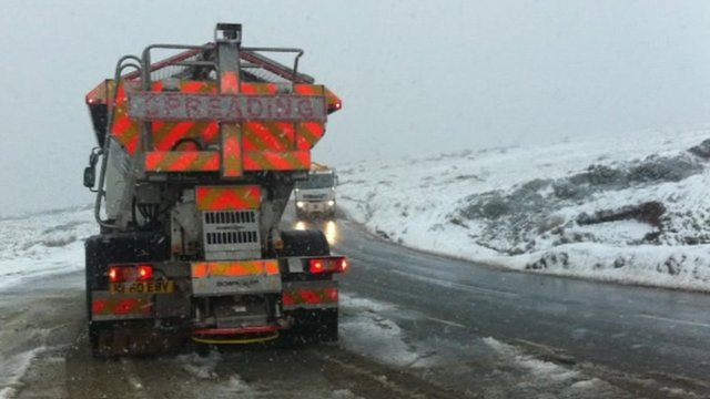 Gritters take to icy roads