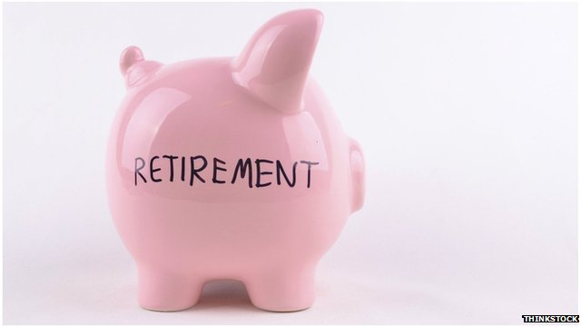 Piggy bank with word 'retirement'