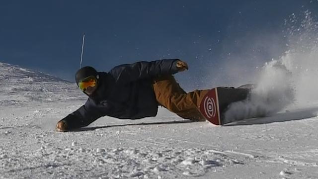 Ed Leigh demonstrates a 'vitelli' snowboard turn