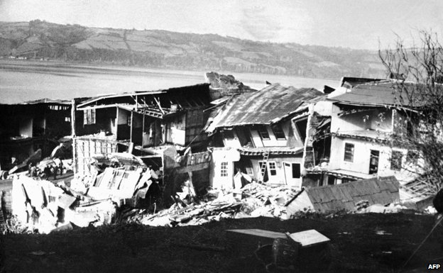 Ruined houses in Chiloe after the 1960 earthquake