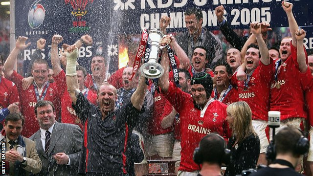 Wales beat Ireland to win Grand Slam