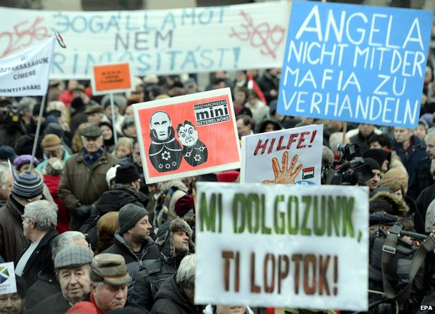Anti-Orban protest in Budapest, 1 Feb 15