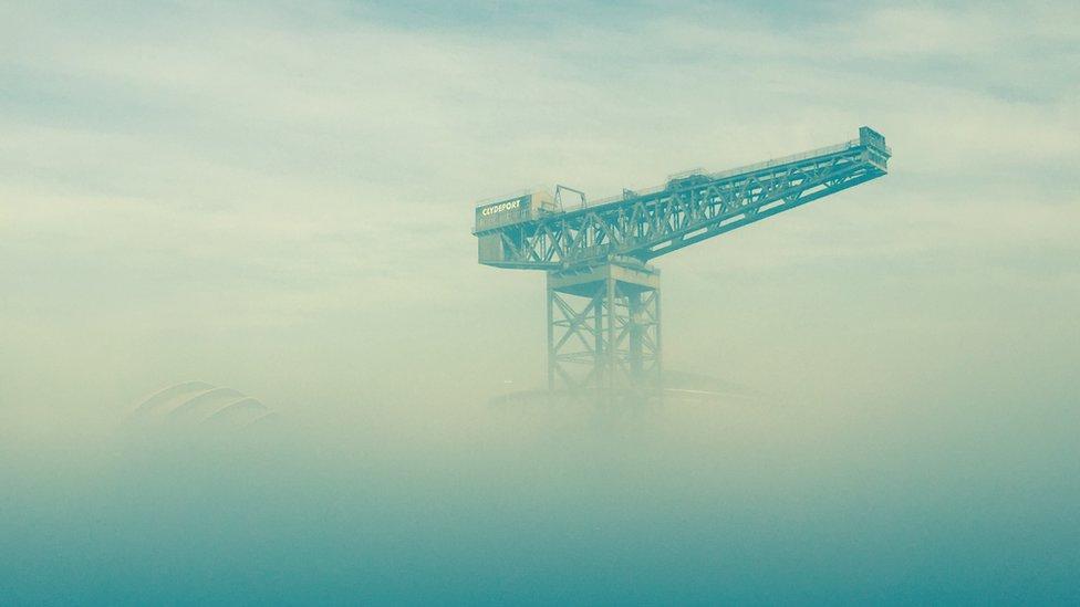 Finnieston Crane in fog