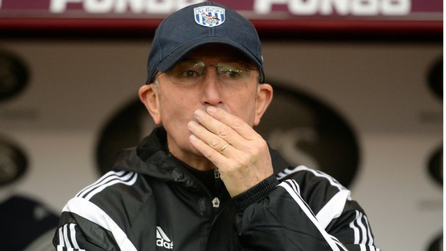 West Brom manager Tony Pulis watches as his side draw 2-2 with Burnley.