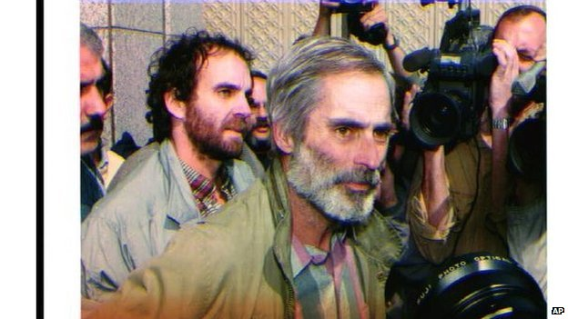 Bob Simon released after Gulf War I, 2 March 1991