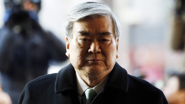 Korean Air Lines Chairman Cho Yang-ho arrives to testify at the second court hearing of his daughter Cho Hyun-ah, also known as Heather Cho, at the Seoul Western District court in Seoul January 30, 2015.