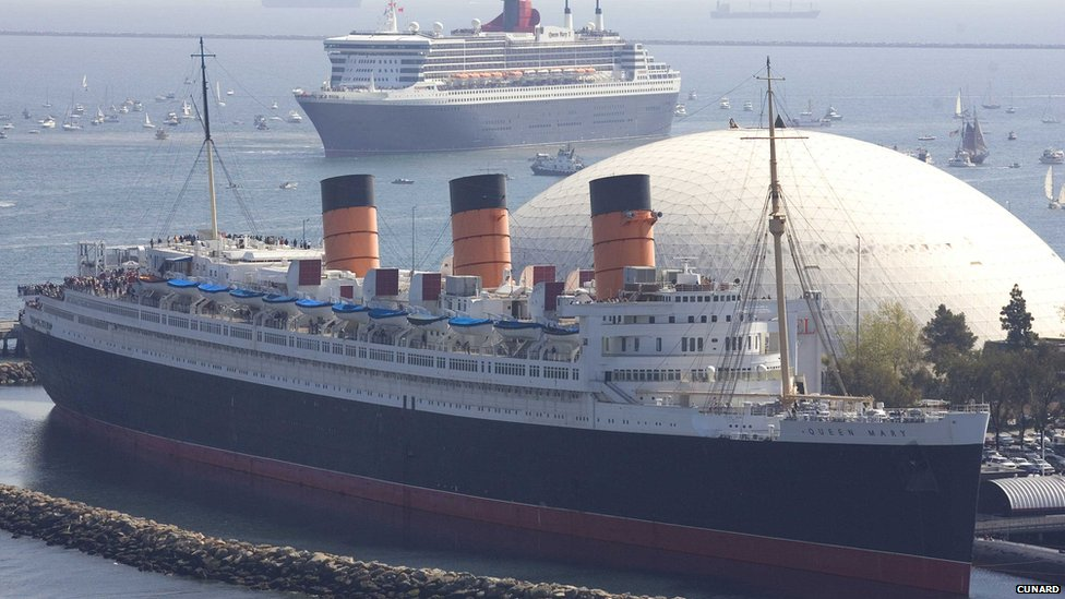 RMS Queen Mary with RMS Queen Mary 2