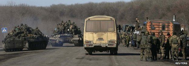 Ukrainian servicemen near Artemivsk after leaving area around Debaltseve - 18 February 2015