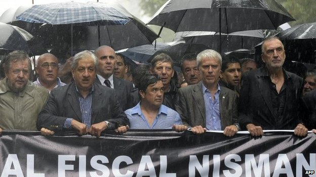Prosecutors march in Buenos Aires in heavy rain - 18 February