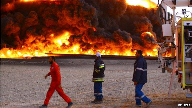 Fire at oil storage tank in Libya