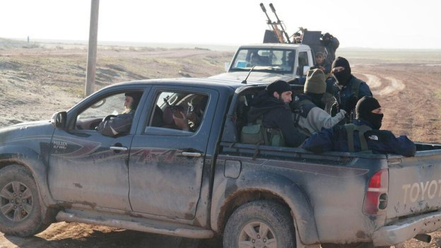 Islamic State militants fighting in clashes around Assyrian Christian villages in Syria