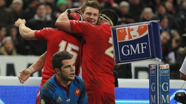 Wales's Dan Biggar celebrates his try