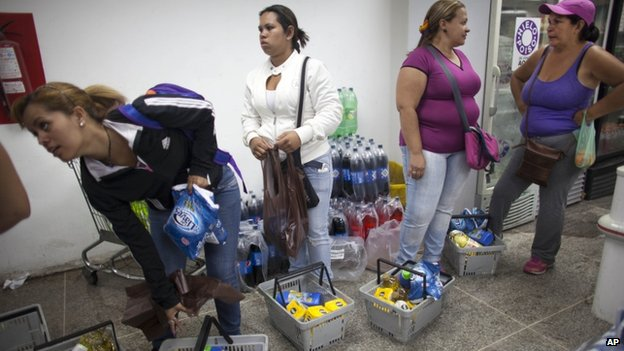 the Dia a Dia supermarket in the Propatria neighbourhood of Caracas, Venezuela, Tuesday, Feb. 3, 2015.