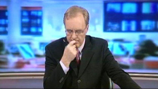 """""""Be di hyn? Trystan Ellis-Morris i gyflwyno Newyddion nos fory?!!"""""""