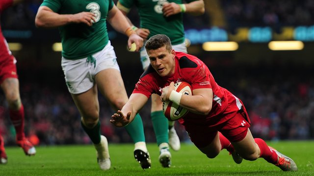 Scott Williams crosses the line for Wales in Cardiff
