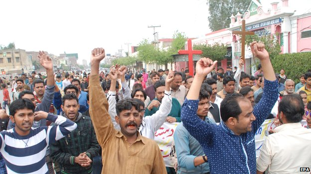 Christians protest in Faisalabad