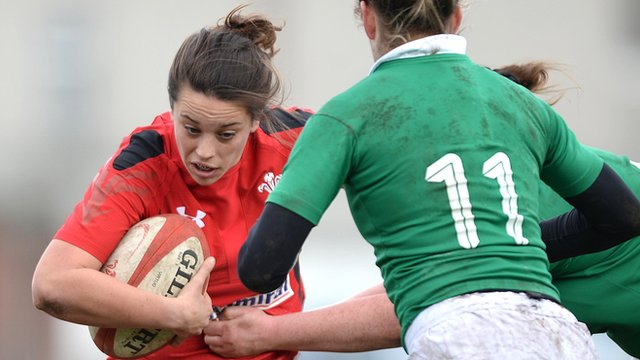 Wales women rugby player Sioned Harries on the attack against Ireland