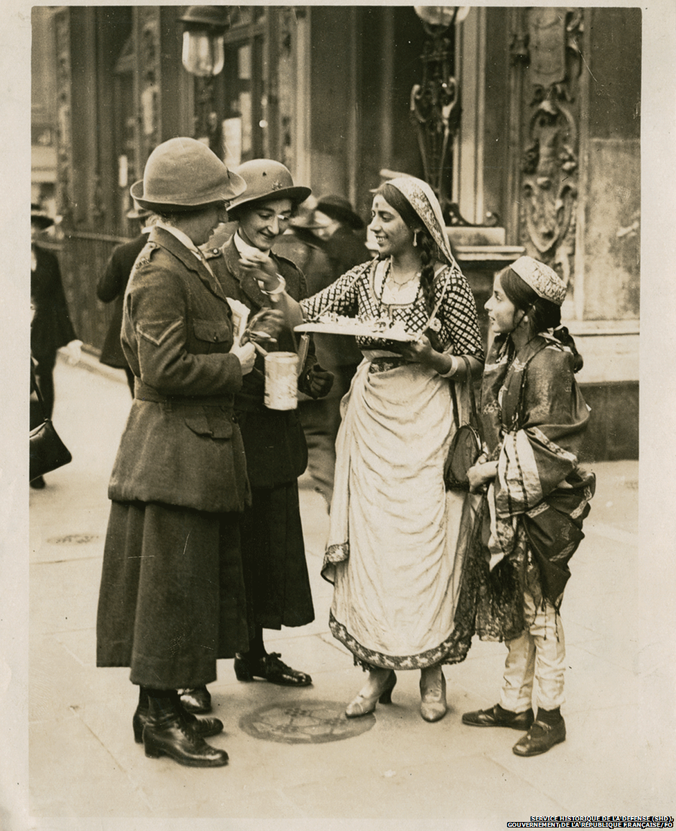 sisters selling flags